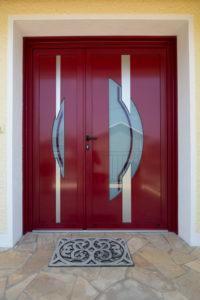 Porte d'entrée, menuiserie réalisée par l'agence Biason à Pau