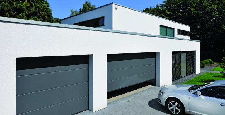 Portes de garage par l'agence Biason à Pau